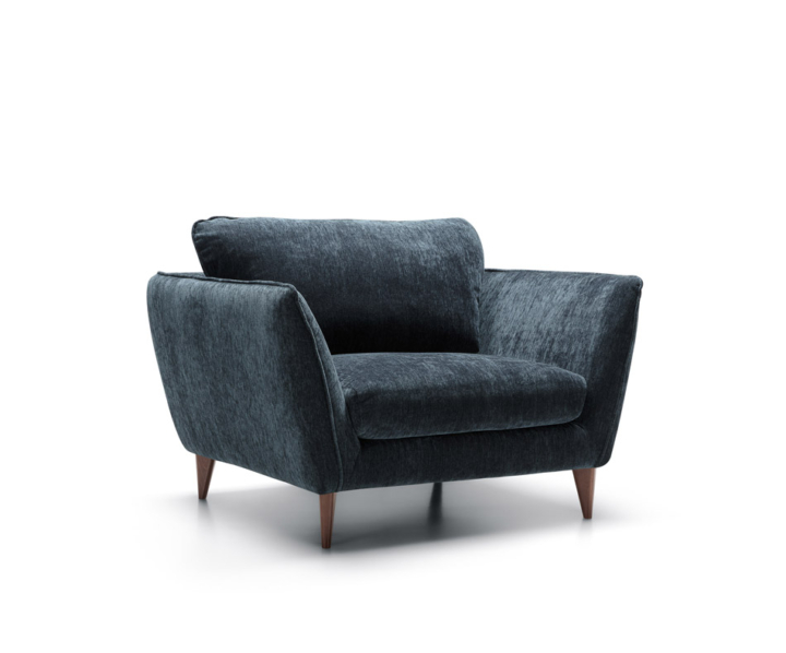 STELLA_armchair_LUX_atropa_9_dark_blue_feet_91_walnut_2-720×598